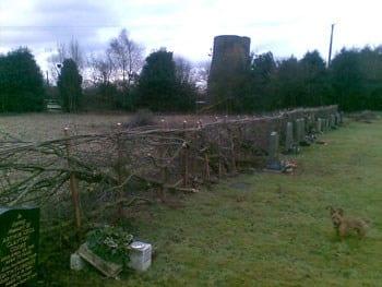 thumb_wsp-13-hedge-layning-at-gentleshaw-church